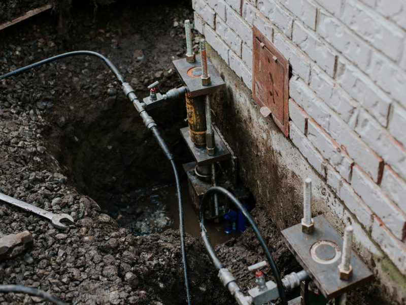 Concrete fixing tools